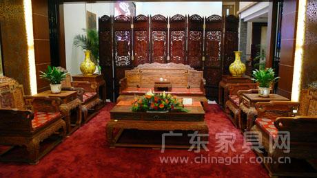 企业的文化特色等方面充分展现了中国传统文化的无限魅力,大涌红木